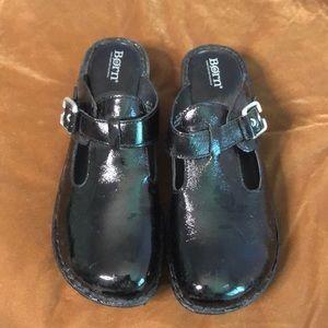 Born 10 patent leather mule euc